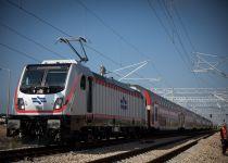 תקלה על הפסים: רכבת בדרכה לי-ם נתקעה במנהרה