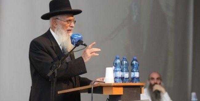 """הרב יעקב אריאל: """"זו לא הדתה, זו הדחה"""""""