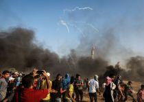 """עשרות פלסטינים חצו את הגדר בעזה; צה""""ל עצר 2"""