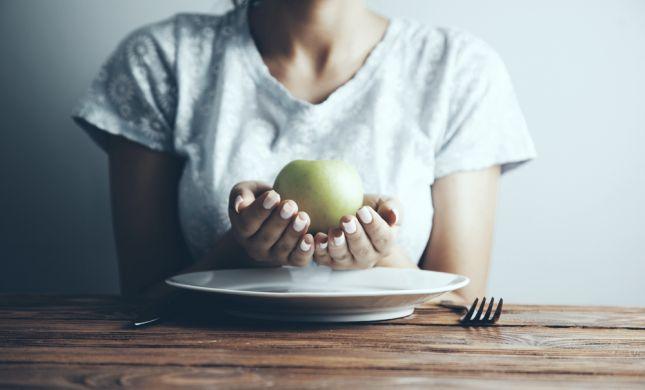 פסק: אנורקטיות מטופלות חייבות לאכול ביום כיפור