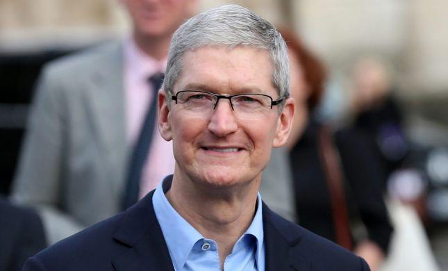 """מנכ""""ל אפל מסביר: למה האייפונים כל כך יקרים?"""