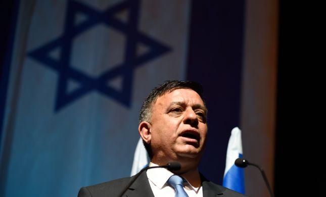 """""""תהליך השלום"""": גבאי נפגש עם המלך עבדאללה בירדן"""