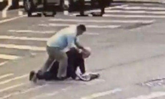מזעזע: אדם חרדי הותקף בניו יורק בדרכו לבית הכנסת