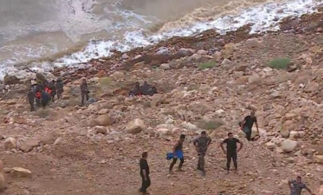"""17 ילדים ירדנים נהרגו בשטפון; צה""""ל מסייע בחילוץ"""
