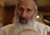 מותר לומר על יהודי 'ימח שמו וזכרו'?