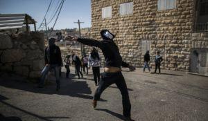 חדשות, חדשות צבא ובטחון, מבזקים ניצל בנס: פלסטינים ניסו לרצוח את שופט העליון באמצעות פטישים