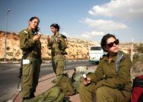 """""""לא מופתעים"""": מספר שיא של מתגייסות דתיות לצבא"""