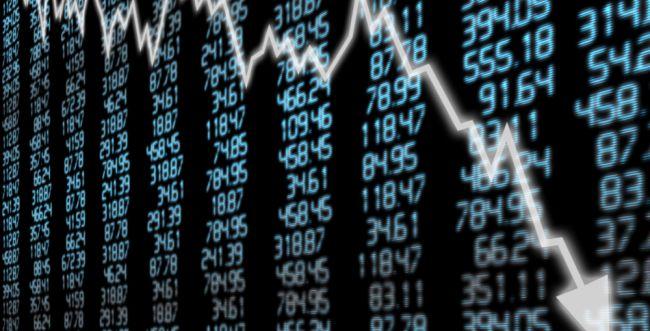 """בעקבות הירידות בארה""""ב: צניחה בשוקי ההון בעולם"""
