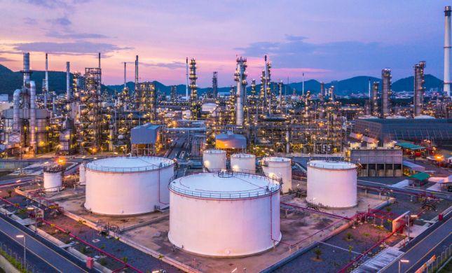 בעקבות הסנקציות: סין מפסיקה לייבא נפט מאיראן