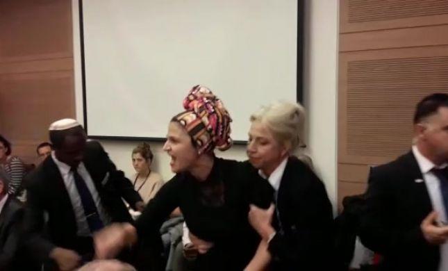 אמה של אדל ביטון התפרצה לעבר זנדברג וסולקה מהדיון