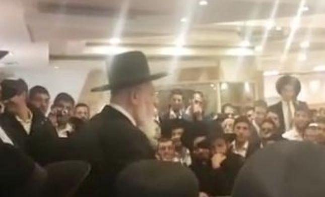 הרב שלום כהן למצביעי עליזה בלוך: 'טפו עליכם'.צפו