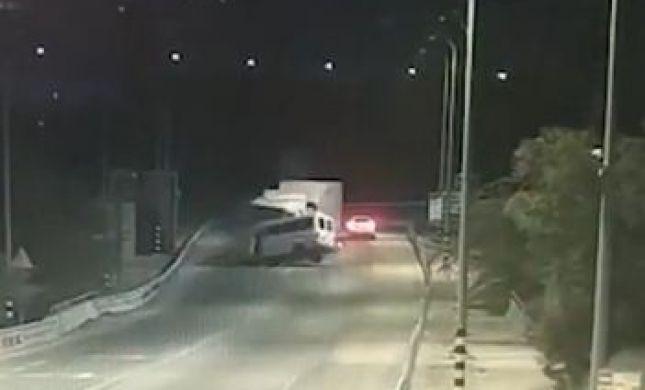 תיעוד קשה: רגע התאונה הקטלנית בכביש 90. צפו