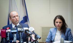 """חדשות, חדשות פוליטי מדיני, מבזקים גורמים בבית היהודי: """"בנט ושקד יודיעו על התפטרותם"""""""