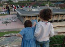חנוכה במיני ישראל: הצגות ופעילויות לילדים ולמשפחה