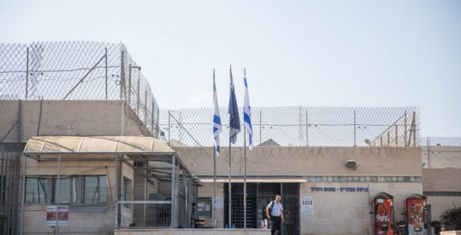 """ירי לעבר בית מעצר בשרון: """"ארגון פשע יצא משליטה"""""""
