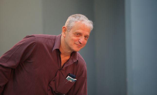 אחרי 31 שנה: הטור של העיתונאי נחום ברנע יורד