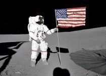 בסכום מטורף: חליפת החלל של ניל ארמסטרונג נמכרה