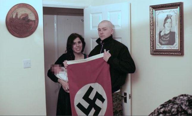 בריטניה: זוג הורים קראו לבנם היטלר- ונעצרו