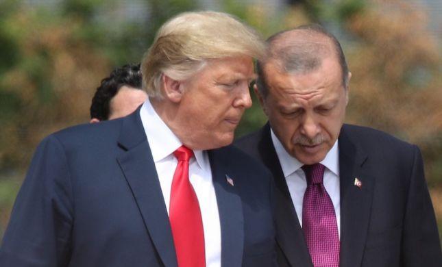 """לא רק איראן: ארה""""ב תטיל סנקציות על טורקיה"""