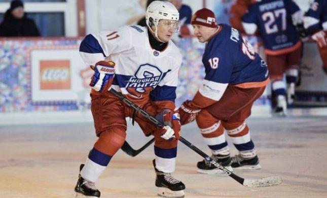 ממשלה על הקרח: פוטין כיכב במשחק הוקי קרח. צפו