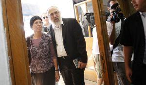 """חדשות המגזר, חדשות קורה עכשיו במגזר, מבזקים """"עושים לנו משפט שדה"""" אשתו של הרב אלון מגיבה"""