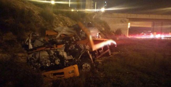 כביש 5: רכב גרר התפוצץ במהלך נסיעה; הנהג נהרג