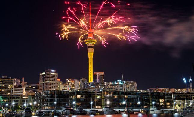 צפו: ניו זילנד פותחת את שנת 2019 במופע זיקוקים
