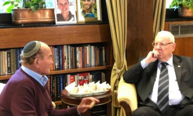"""הנשיא ריבלין: """"הפלאפל הכי מרגש שאכלתי"""" #מבצע דוגו"""