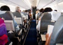 """מזעזע: זוג יהודי הורד מטיסה בגלל """"ריח גוף רע"""""""