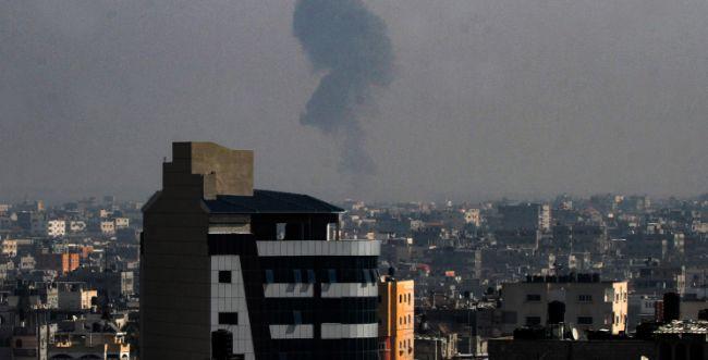 """התחממות בדרום: צה""""ל תקף עמדות של חמאס בעזה"""