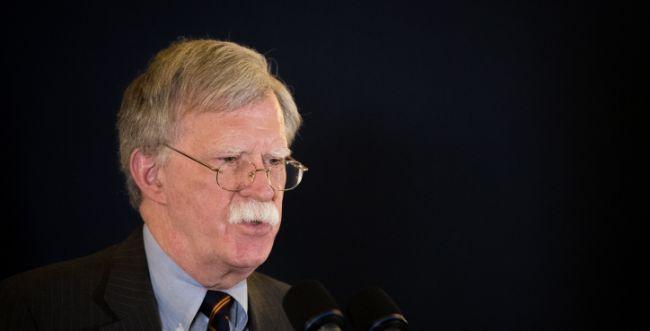 """""""היינו בהלם"""": ממשל ארה""""ב מגבש תכנית תקיפה באיראן"""
