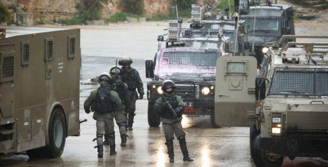 קצין וארבעה לוחמים נעצרו בחשד שהיכו פלסטינים
