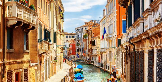 טסים לונציה? תתכוננו לשלם דמי כניסה לעיר