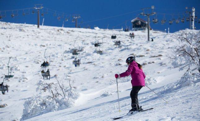 הגיע זמן הסקי: עונת חורף עשירה במשקעים בחרמון