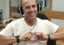 """""""מחזקת אותי"""": דידי הררי מגיב לגילוי הסרטן של אשתו"""