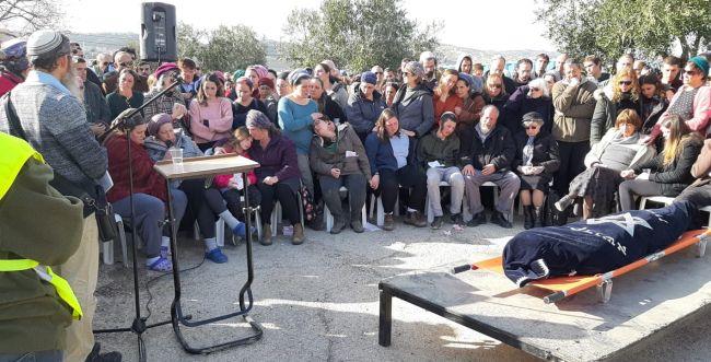 """מאות מלווים את אורי אנסבכר הי""""ד בדרכה האחרונה"""