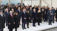 """חדשות בעולם, מבזקים צפו: נתניהו וסגן נשיא ארה""""ב באנדרטה לגטו ורשה"""