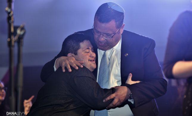 המחווה המרגשת של ירושלים ללהקת שלוה