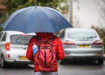 """מהפך במזג האוויר: גשמים ושיטפונות צפויים בסופ""""ש"""