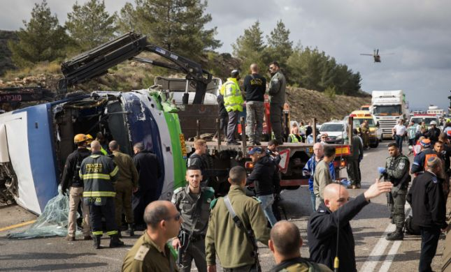 לאחר התאונה: כביש 443 נפתח מחדש, הנהגים ייחקרו