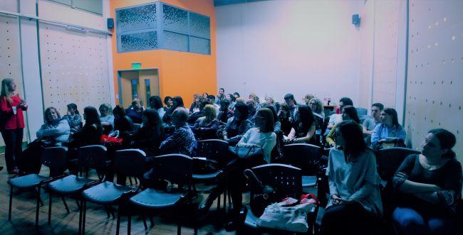 מכללת הרצוג  עם הפנים לקהילה הספרדית