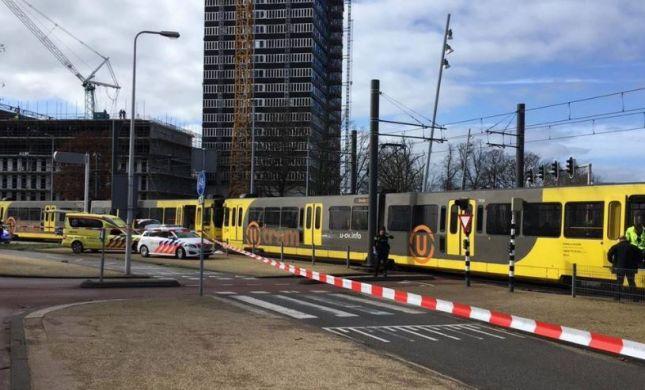 הירי בהולנד: שני חשודים נעצרו, החשד לטרור גובר