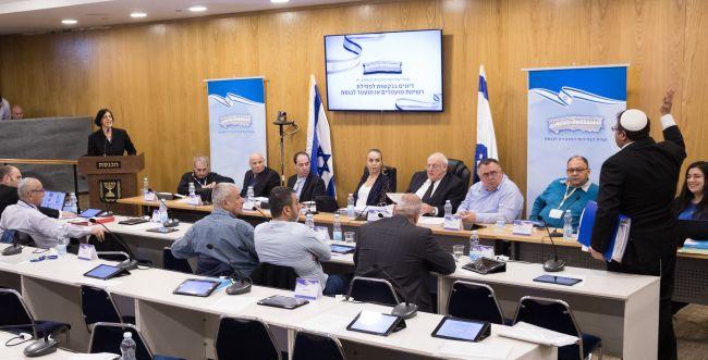 אושרה מועמדות המפלגות הערביות, עופר כסיף נפסל