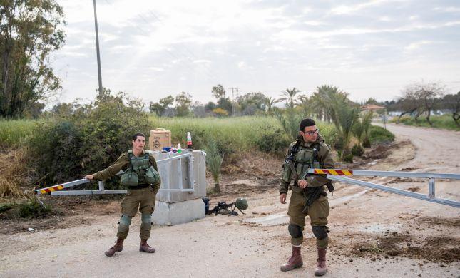 """שקט מדומה: מחבלים חדרו לישראל והציתו עמדת צה""""ל"""
