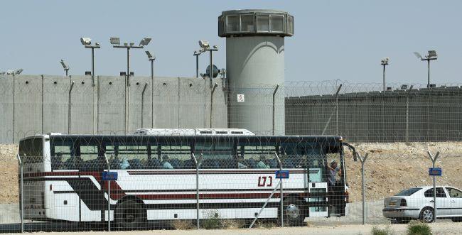 בפעם השנייה: מחבל ניסה לדקור סוהר בכלא קציעות