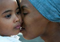 אימא או אשת קריירה? העומס וההשתקה