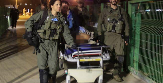 """""""ניסיון רצח"""": דקירת קציני שב""""ס בקציעות - פיגוע טרור"""