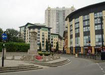 בהלה בלונדון: 4 פצועים בסדרת אירועי דקירה בעיר