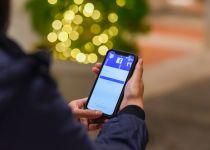 הזוי: תל אביב הציבה רמזור מיוחד למכורים לסמארטפון