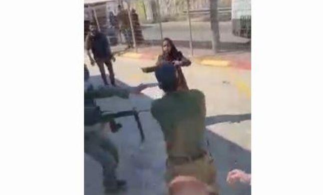 תיעוד מזירת הפיגוע: ניסתה לדקור חיילים ונוטרלה. צפו